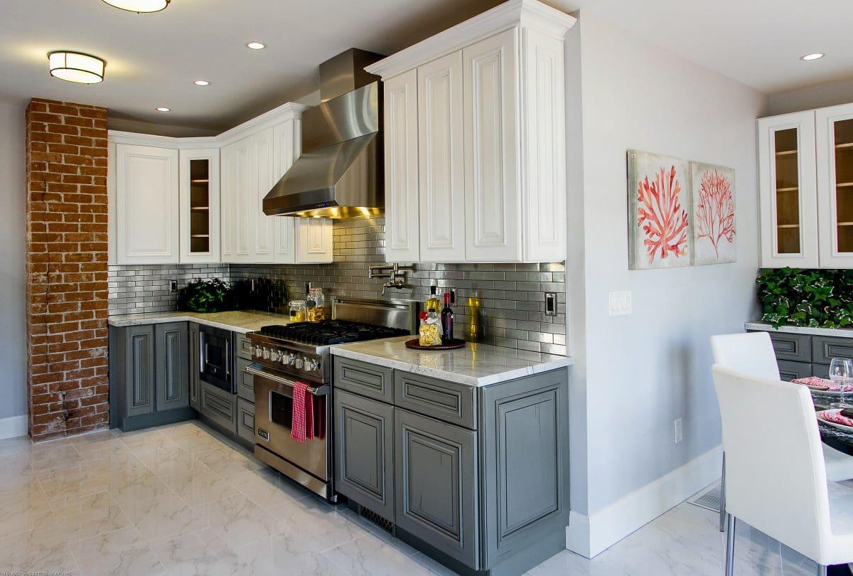 Custom multi colored kitchen cabinets multi colored for Multi color kitchen ideas