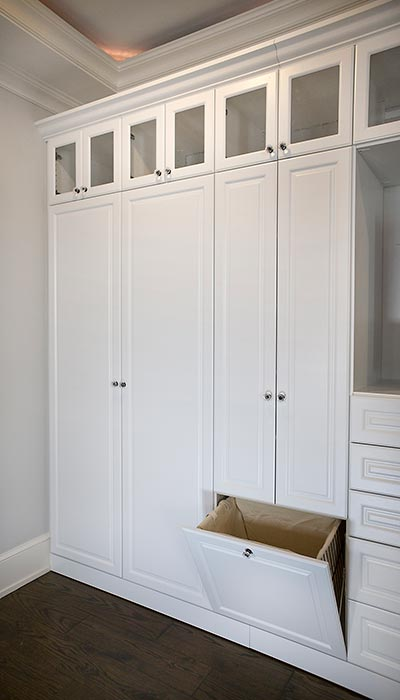 WHITE WARDROBE WITH TILT HAMPER